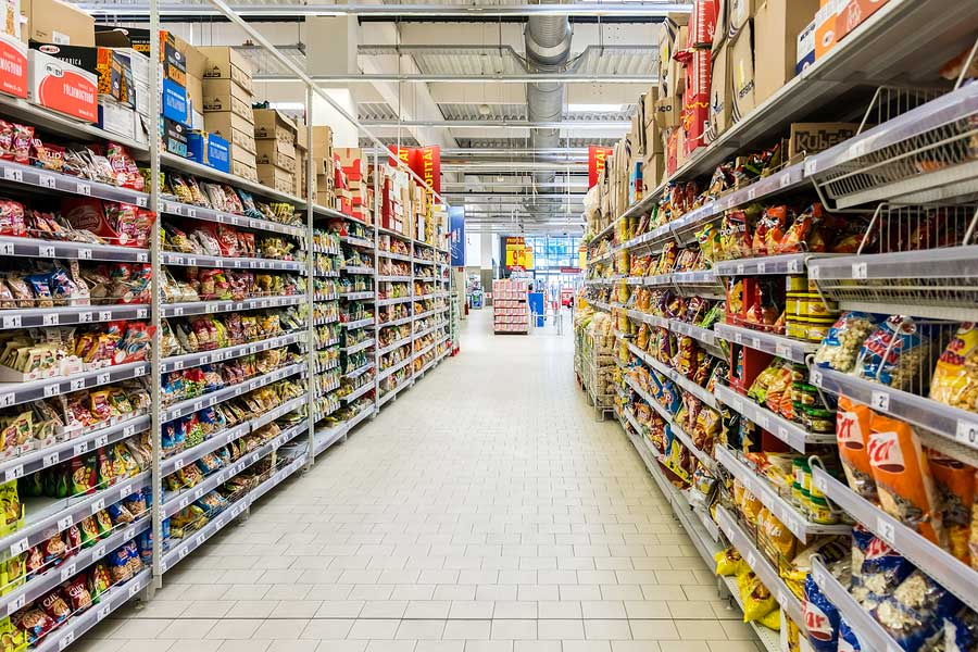 Market analysts said that investment increments in retail sector have a positive impact on the economy since the consumer expenses drive the US economic behaviour.