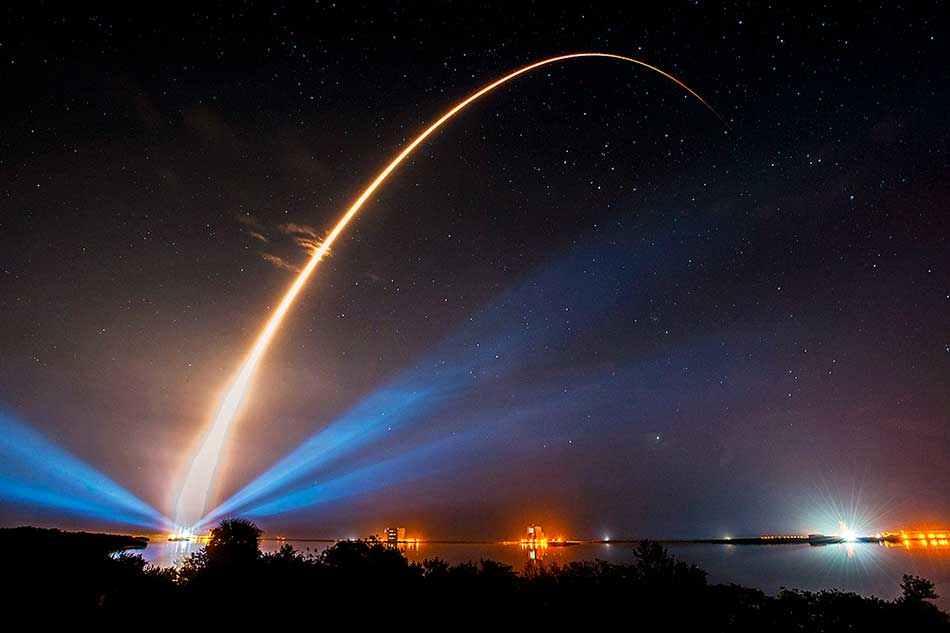 The Atlas V rocket carrying MUOS-3 creates a streak of light in this long-exposure view of its launch from Florida's Cape Canaveral Air Force Station in Florida on Jan. 20, 2015. Credit: Credit: United Launch Alliance