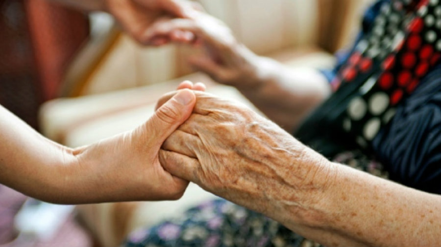 Studies have found people living with Alzheimer's disease responds better to treatments if they're in a caring and loving environment. Families and friends of people with Alzheimer can influence a great deal on those people's lives. Image Credit: Flipboard