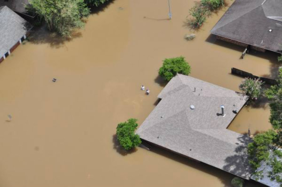 Louisiana saw more than 40 000 homes destroyed, leaving numerous families deserted in their hometowns. Photo credit: Melissa Leake / U.S. Coast Guard / UPI