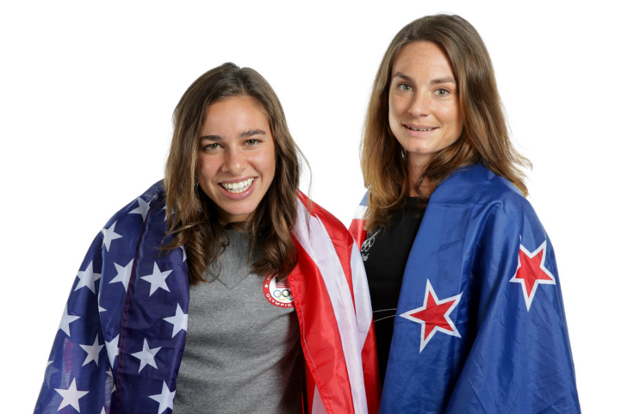 Nikki Hamblin and Abbey D'Agostino received the International Fair Play Committee Award after helping each other finish the 5000m in Rio. Photo credit: Chris Graythen / Getty Images / Bustle