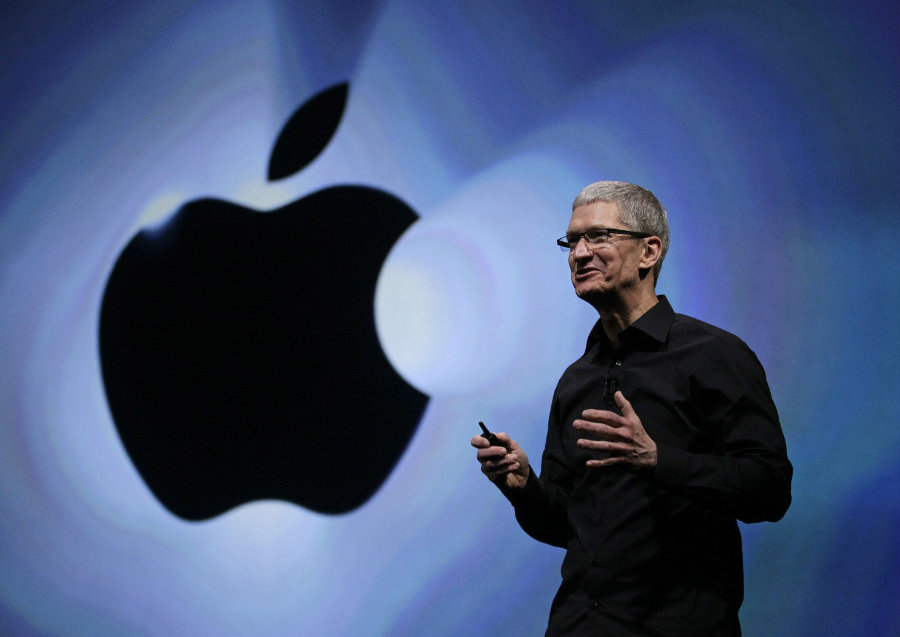 In an extensive interview with The Washington Post, Tim Cook discussed the future of the company and the dropping incomes that the iPhone is getting since last year. Photo credit: The Washington Post