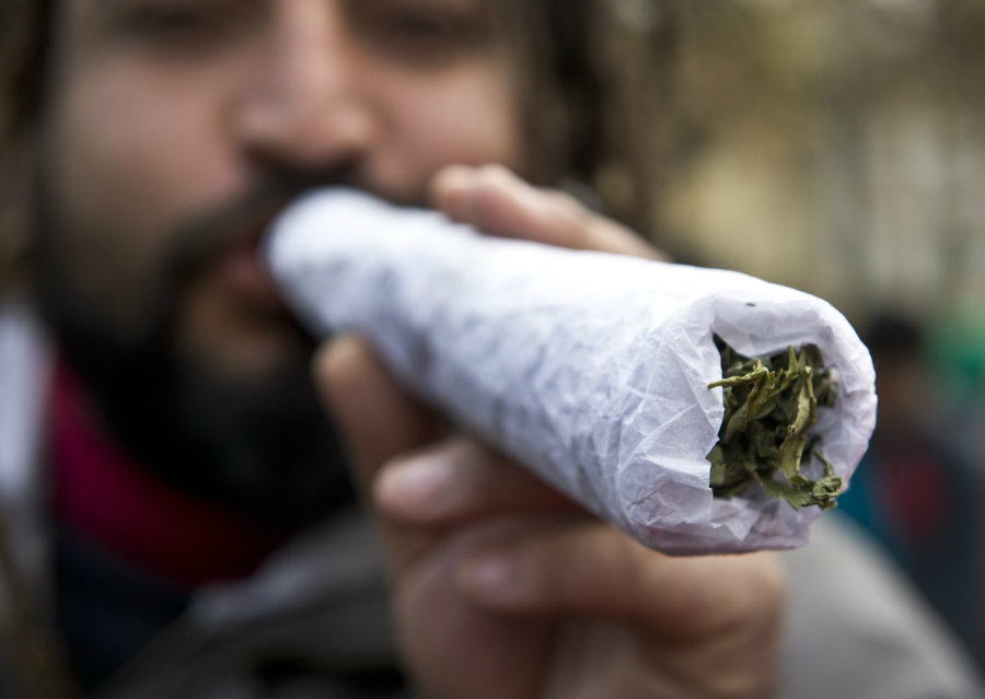 In the last ten months the prices have dropped to $1,400 and $1,600 which gives consumers the opportunity to obtain marijuana in a legal and cheaper way. Photo credit: Getty / The Huffington Post