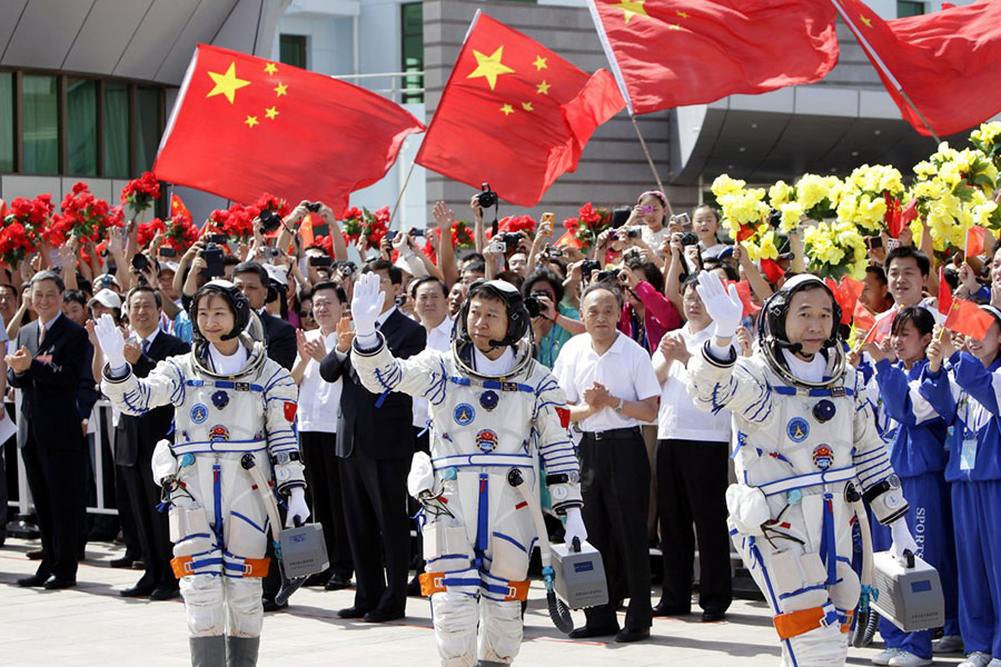 China to send men to their space lab: Another competitor ...