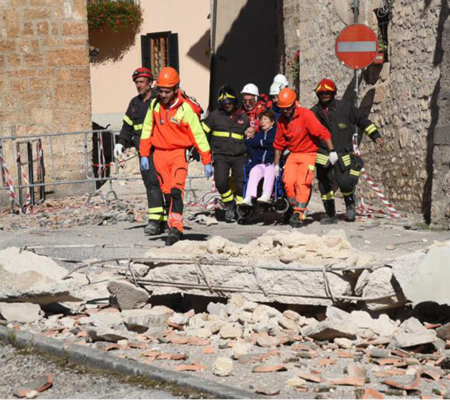 Strongest quake for decades hits central Italy