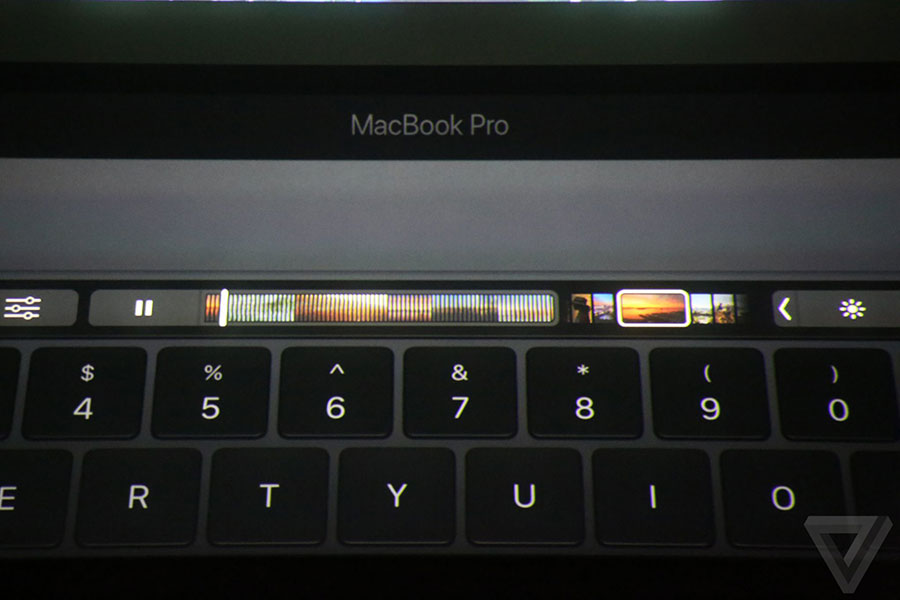 How 2016 MacBook Pro Annoys iPhone 7 Users
