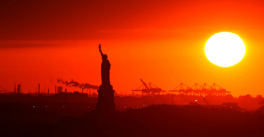 2016 ranked second warmest year in the United States history. Photo credit:  iStockphoto / Marcio Silva / The Daily Signal