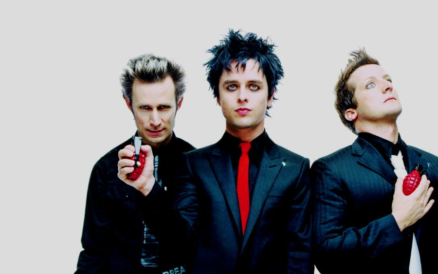 """Green Day just released a new video for their """"Troubled Times"""" song, in which they express their opinion about Donald Trump. Photo credit: Mundo TKM"""