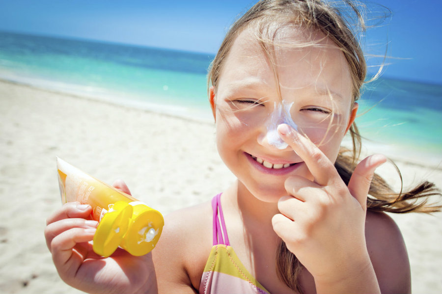 People who tend to use umbrellas get more sunburns than those who go for the sunscreens. Photo credit: iStock / TLC
