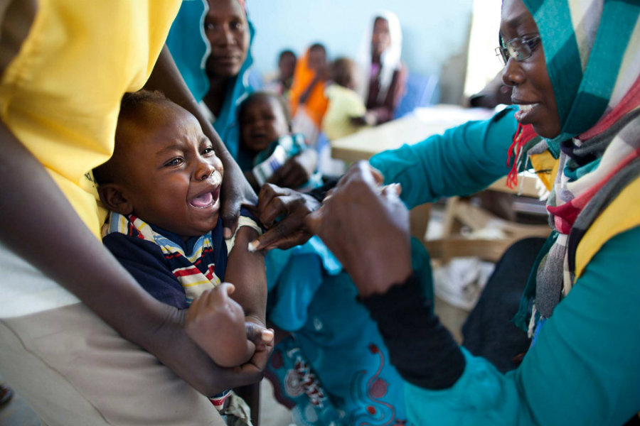 At least 15 children have died in South Sudan in a botched measles vaccination campaign. Image credit: UNAMID / Albert González Farran / Africa Renewal
