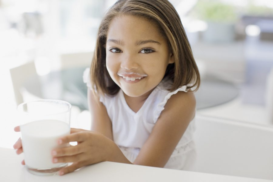 Drinking non-cow milk linked to shorter kids, study suggests