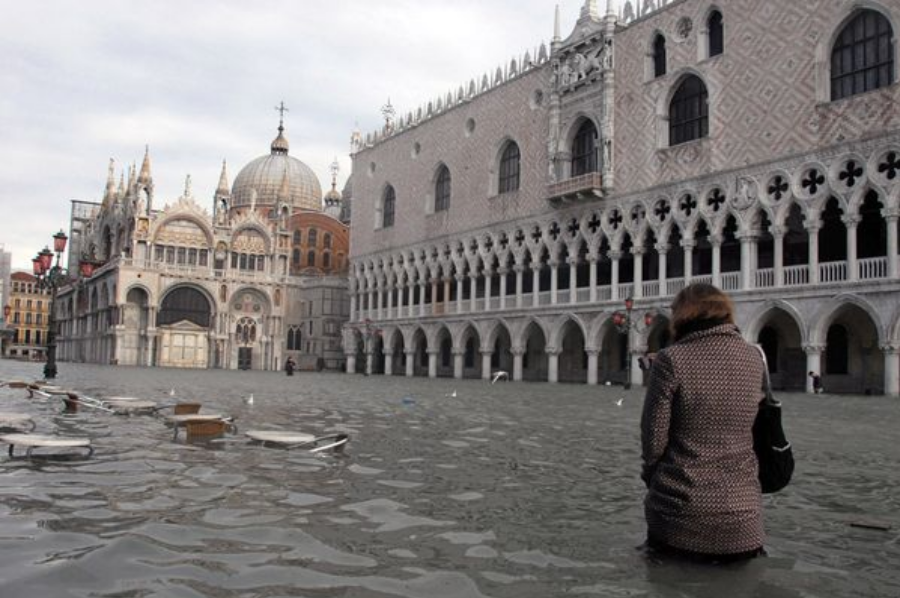 Italy's 2008 flood. Image Credit: Andrea Pattero/AFP/Getty Images