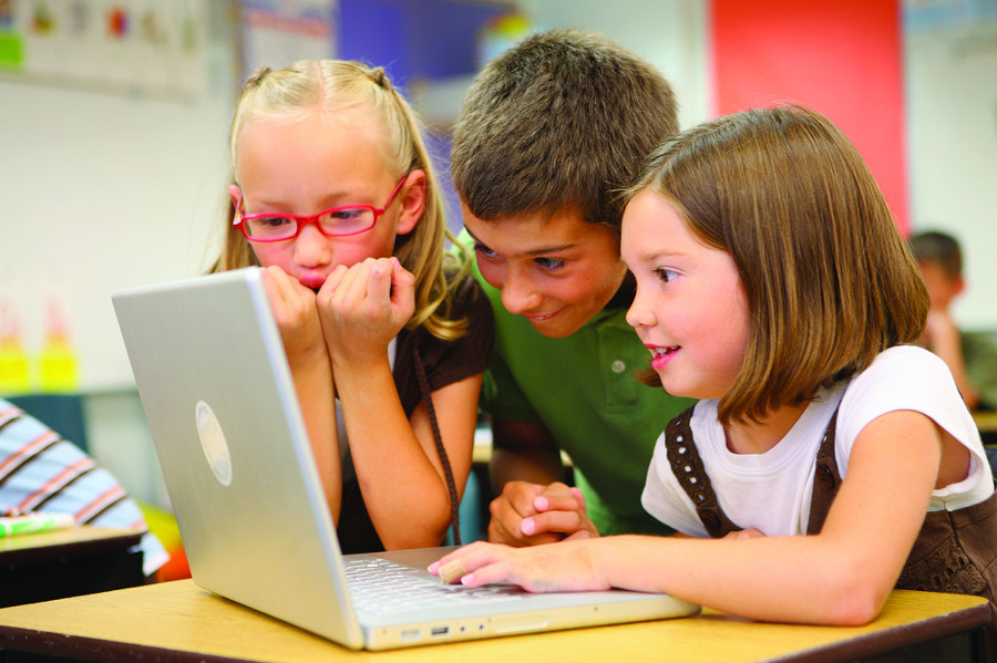 Nearly 5 million American households with children do not have broadband Internet. Image Credit: Flickr