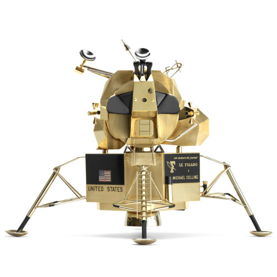 The solid gold replicas were given as a gift to Armstrong, Aldrin, and Collins. Image credit: Cool Hunting