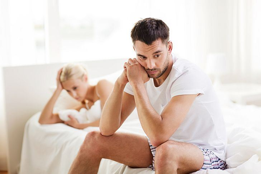 """Sexual performance anxiety triggers the hormones involved in the """"fight or flight"""" state of mind, according to WebMD. Image Credit: Expertrain"""