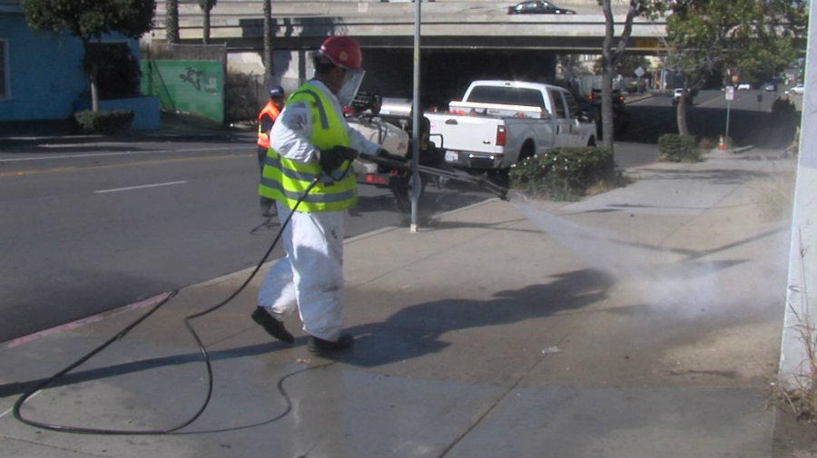 15 dead in hepatitis outbreak as San Diego starts street washing