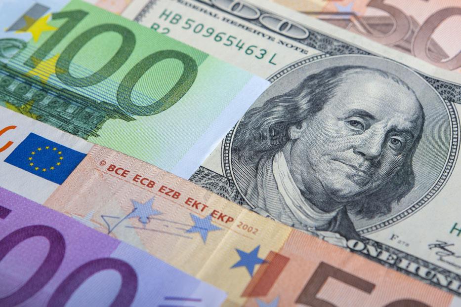 Curriencies Dollar Euro