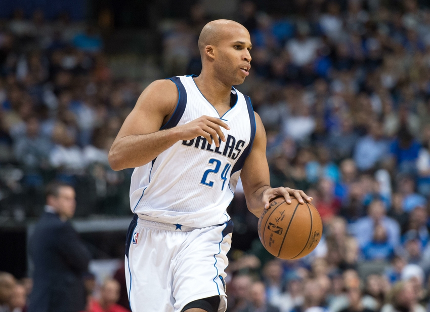 Jan 27, 2015; Dallas, TX, USA; Dallas Mavericks forward Richard Jefferson (24) brings the ball up court during the game against the Memphis Grizzlies at the American Airlines Center. The Grizzlies defeated the Mavericks 109-90. Mandatory Credit: Jerome Miron-USA TODAY Sports