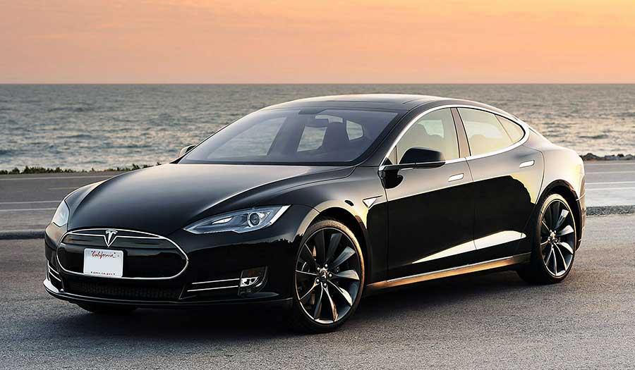 Tesla-Model-s-P85D-