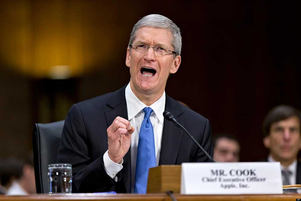 Apple Inc. CEO Tim Cook testifies before a Senate subcommittee about the company's offshore tax policies on May 21, 2013. (J. Scott Applewhite / Associated Press)