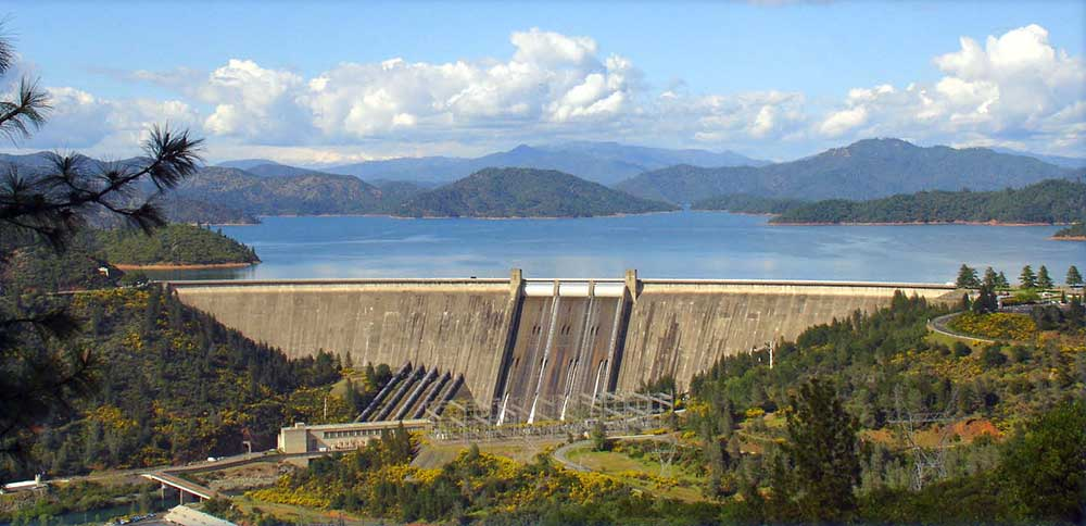 Shasta Dam retains water to form Shasta Lake reservoir. (Photo: US Bureau of Reclamation)