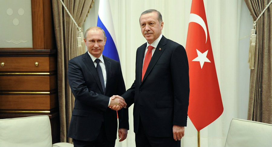 President Tayyip Erdogan and Vladimir Putin met St. Petersburg to bring back the level of cooperation that both countries had before the coup attempt. Photo credit: Sputnik / Mikhail Klimentyev