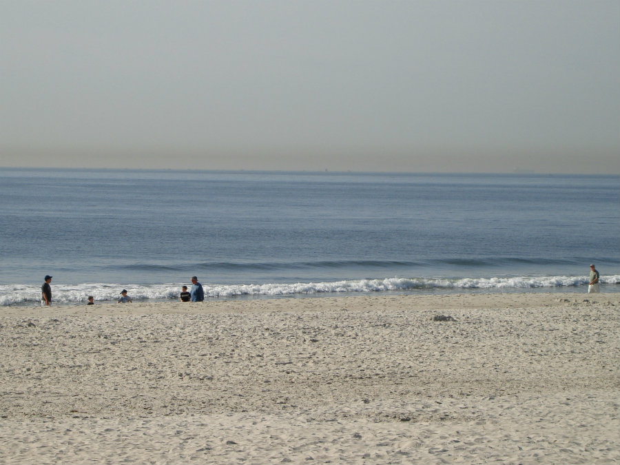 Around 6:30 p.m on Monday night, authorities received information of three men drowning at Ocean Beach Park in Long Beach waters. Photo credit: Best In Beach