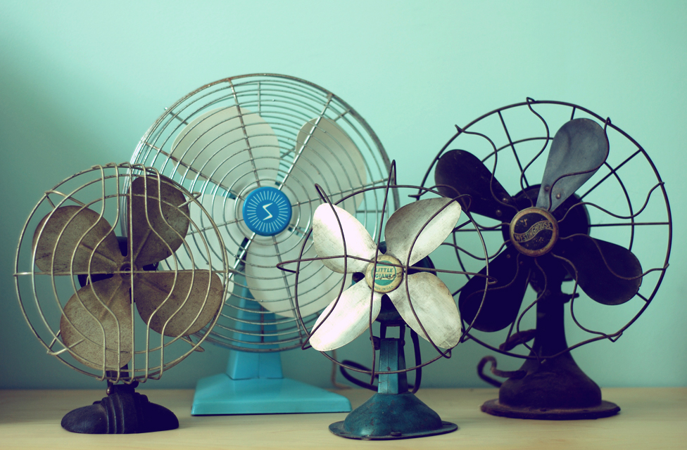 Although it is very common to use electric fans during extreme heat waves, it has been discovered that they could be harmful for older adults. Photo credit: Pinterest