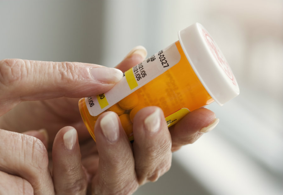 Informing patients and health providers against the dangers of mixing opioids and tranquilizers, which contain benzodiazepines, could avoid the high number of deaths caused by taking both drugs. Photo credit: Tom Grill / Getty Images / PBS