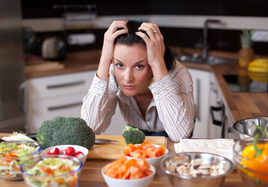 The study aimed to understand the consequences that daily stress had in people who opted for a more balanced diet and if their health could be compromised. Photo credit: Healthy Diet Advisor