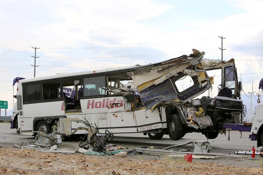 tour-bus-crash
