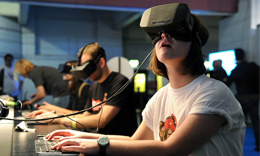 Oculus Rift will allow gamers stream Xbox games to Windows 10. Photo credit: User BagoGames, Flickr Commons / Georgetown Journal
