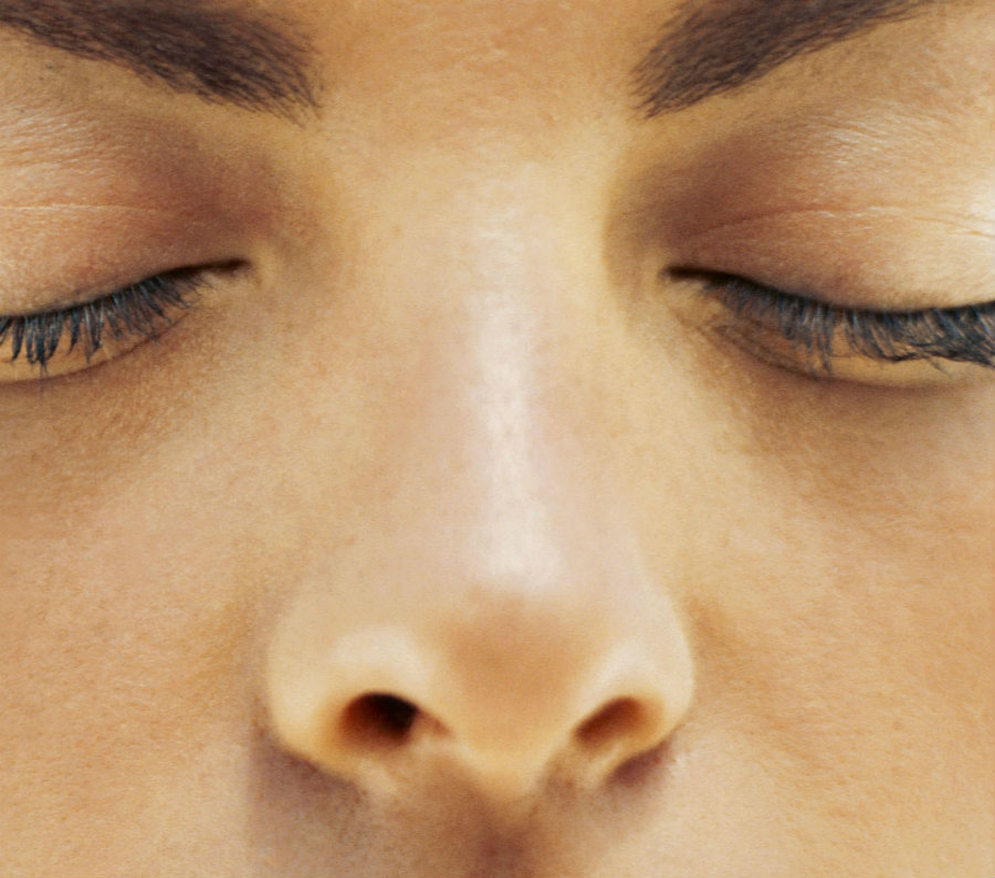 It is known that the shape of the nose varies depending on race and ethnicity. Image credit: Daysgoneby.me