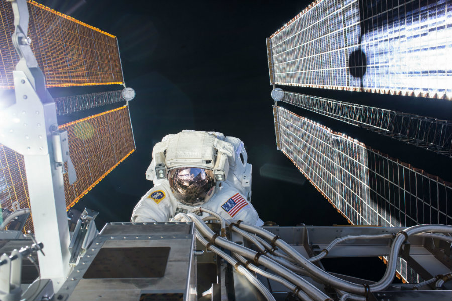 Two astronauts walked outside the confines of the ISS this Friday, marking the first of three spacewalks that are scheduled to take place in 2017. Image credit: NASA / Spaceflight101.com