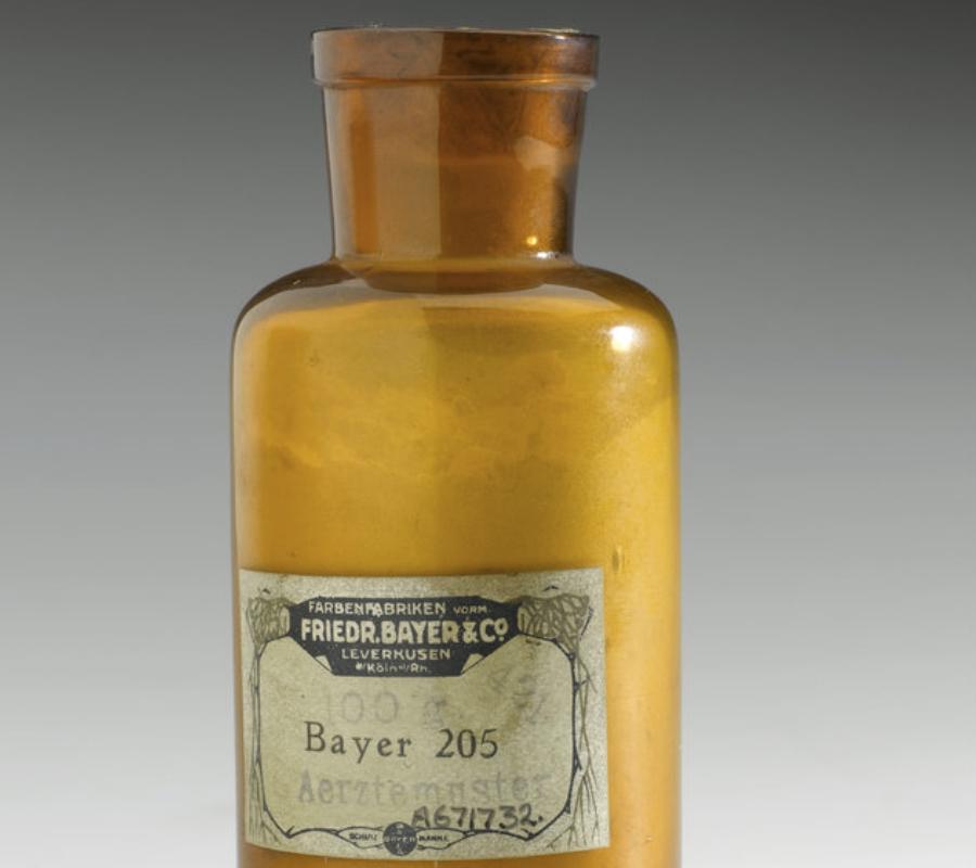 A free sample of Bayer suramin powder.