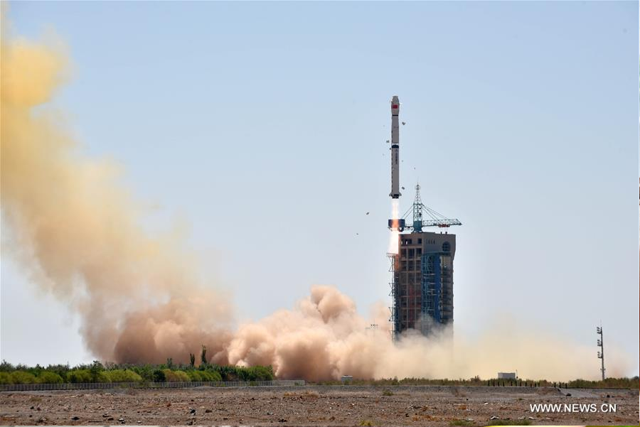 Long March-4B rocket launched from Kiuquan Satellite Launch Center in the Gobi Desert. Image credit: Xianhua