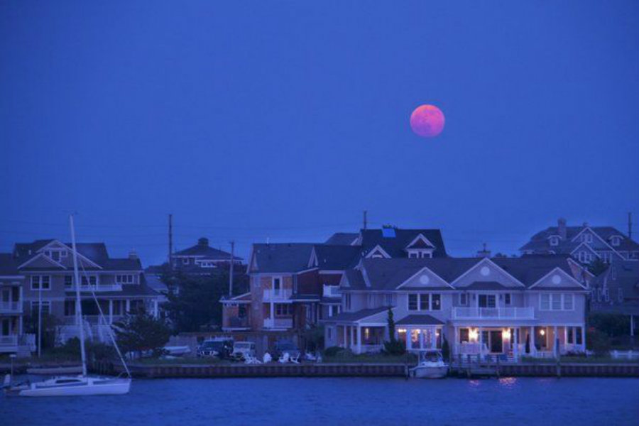 Full 'Strawberry Moon' Tonight -- But Don't Expect it to be Red