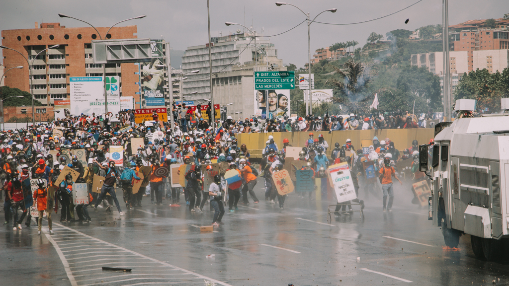 Venezuelans have more than 100 days protesting against the government. Image credit: María Cecilia Peña, Pulse Headlines