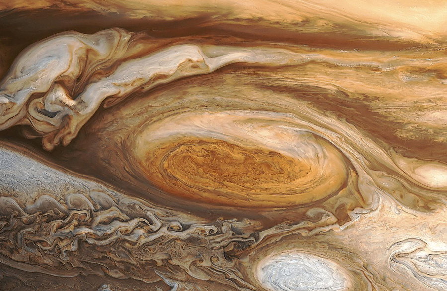 Reprocessed image from 1979 Voyager 1 encounter with Jupiter. Image Credit: NASA / WanderingSpace.net