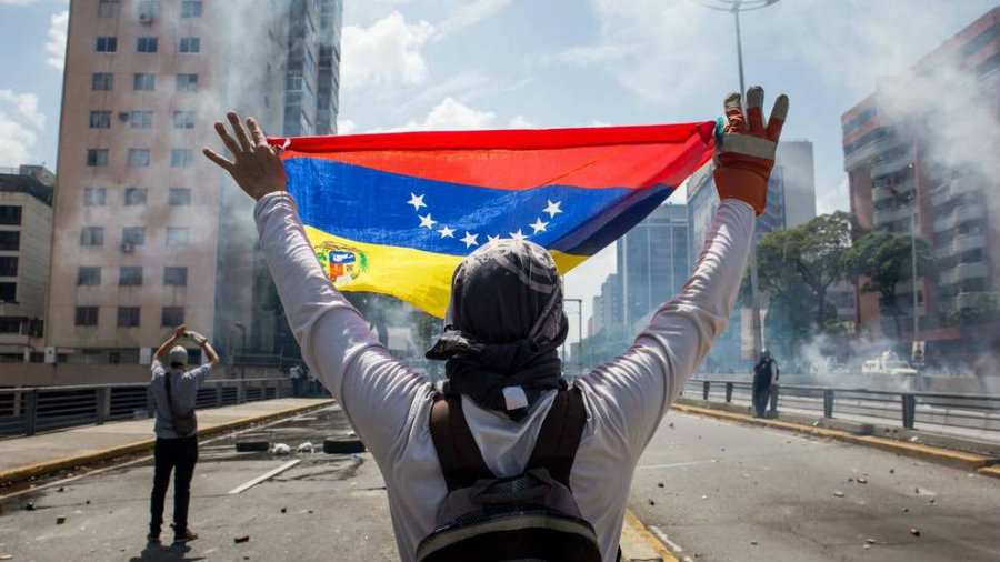 Since the end of April, a number of riots and manifestations have taken place around the country. Image credit: El Confidencial