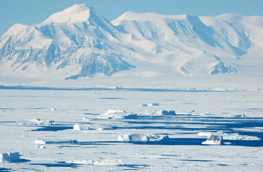 Almost a hundred volcanoes were found covered under a large amount of snow in Antarctica. Image credit: Tourist-destinations / EMGN.com