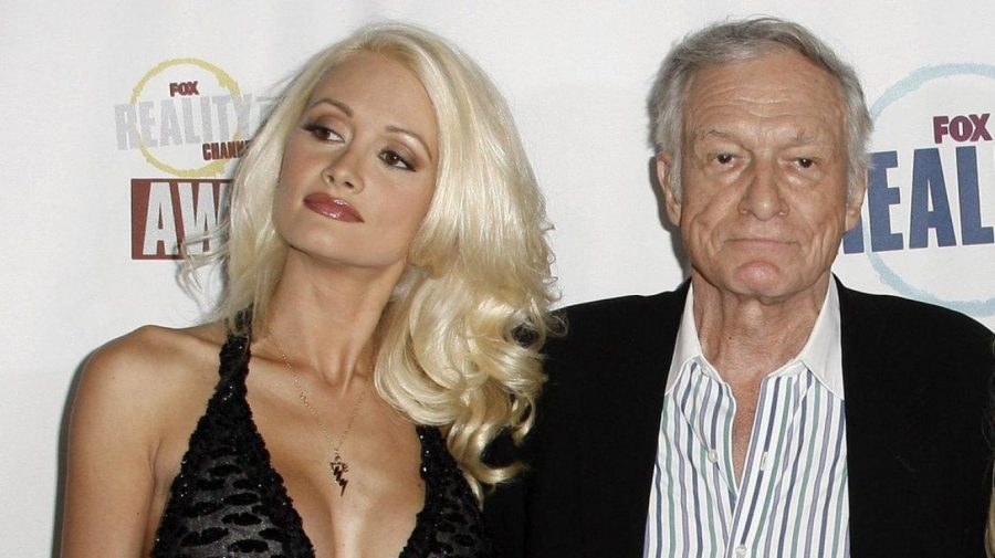 Holly Madison and Hugh Hefner. Image credit: Vanitatis