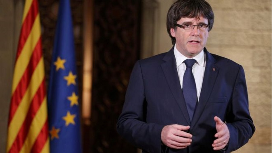 Catalonia declaration of independence, Spain dismisses Catalonia leaders