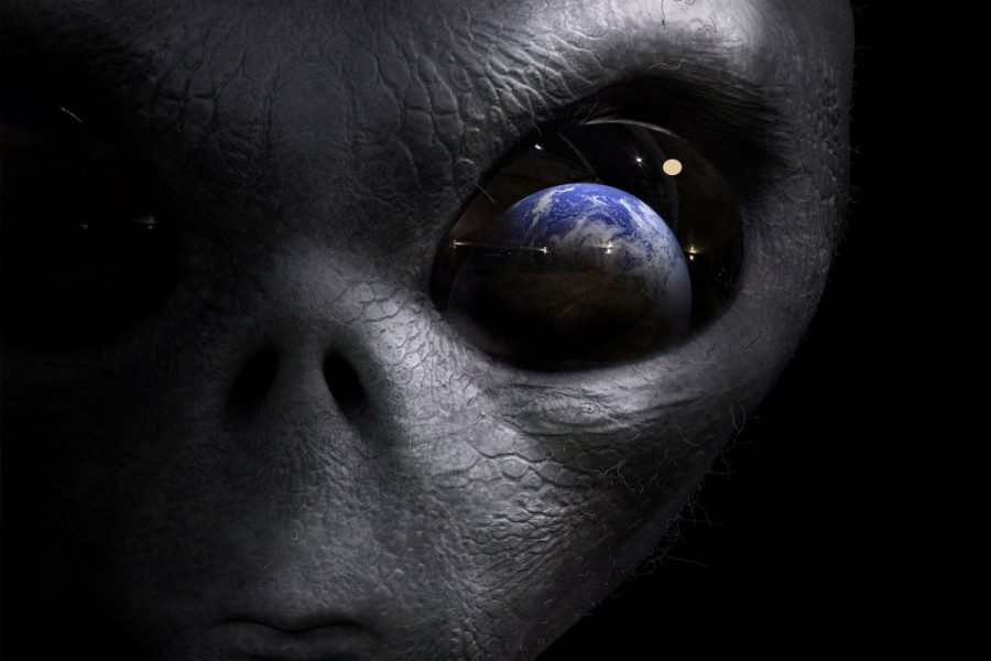 Alien traits, Aliens vs humans, Aliens similar to humans