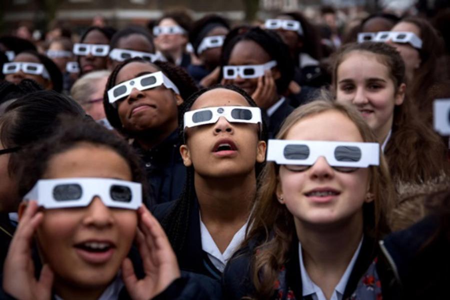 Solar eclipses, Photic retinopathy, New York, Aug 21 eclipse