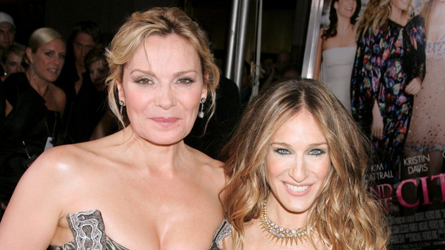"""Sex and the City actresses, Kim Cattrall dubbed Sarah Jessica Parker as """"hypocrite"""" and """"cruel"""", Christopher or Chriss Cattrall found death in Canada"""