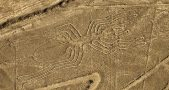 2000-year-old Nazca lines in Peru, Driver crosses over the lines of Nazca