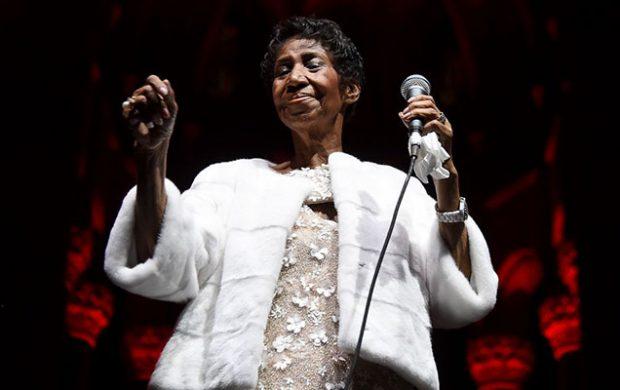 Aretha Franklin battles for her life
